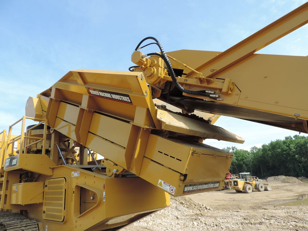 CXT Cone Crusher - A Portable Rock Crushing Plant - Screen